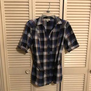 EUC Dress Barn Blue Plaid Button-Up w/Belt